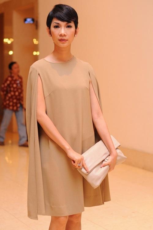 Áo cape - Biến tấu cho mùa đông lạnh giá của mỹ nữ Việt - Ảnh 10