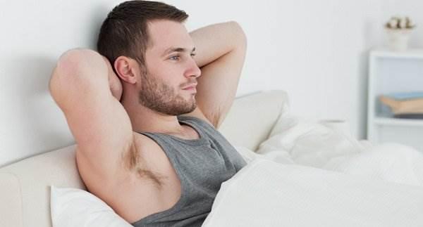 Bất ngờ với những thói quen hằng ngày khiến nam giới mất khả năng làm cha - Ảnh 1