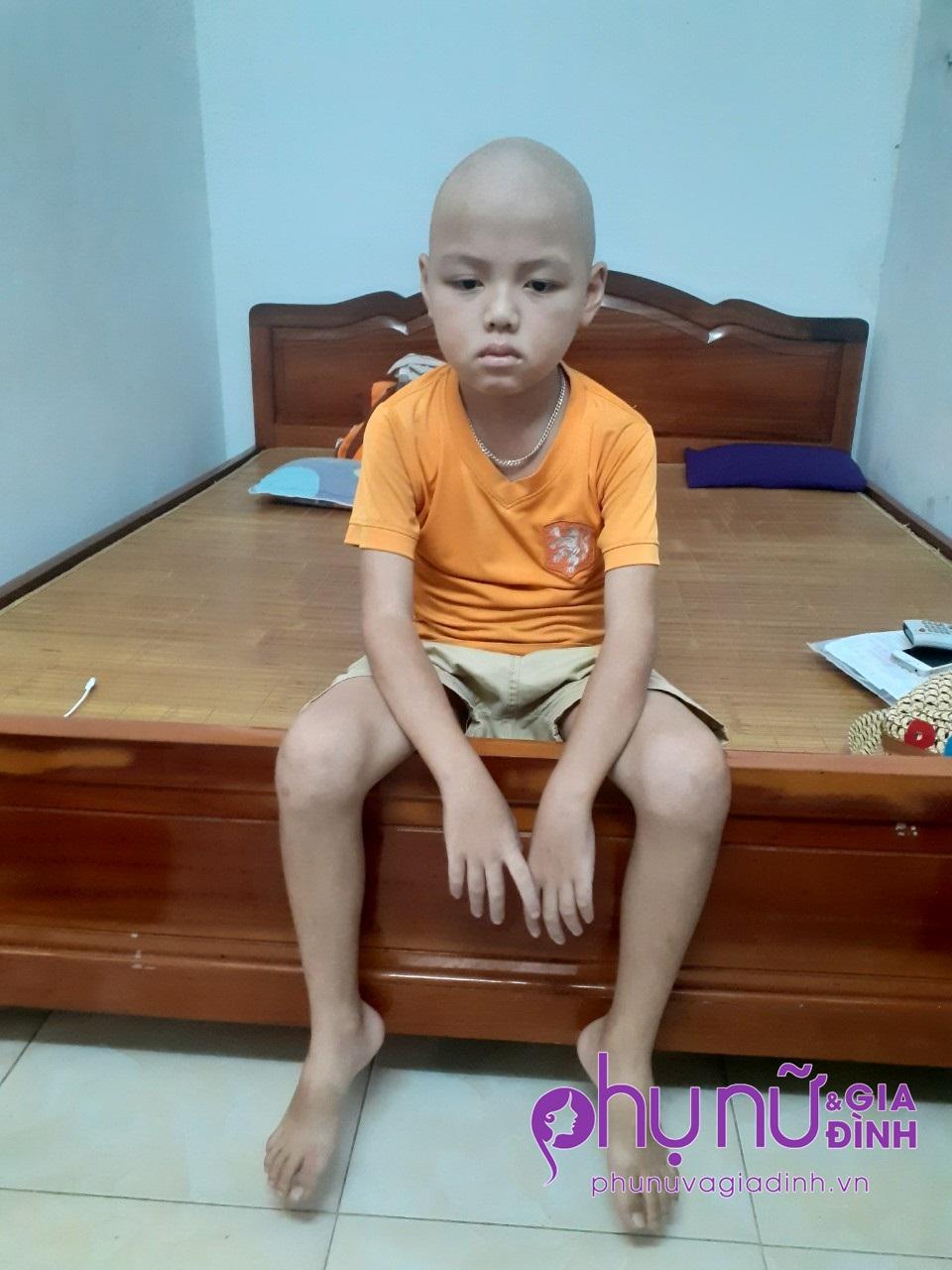 43 triệu đồng đến với bé trai 9 tuổi suốt 7 năm mắc bệnh hiểm nghèo không tiền chữa trị - Ảnh 1
