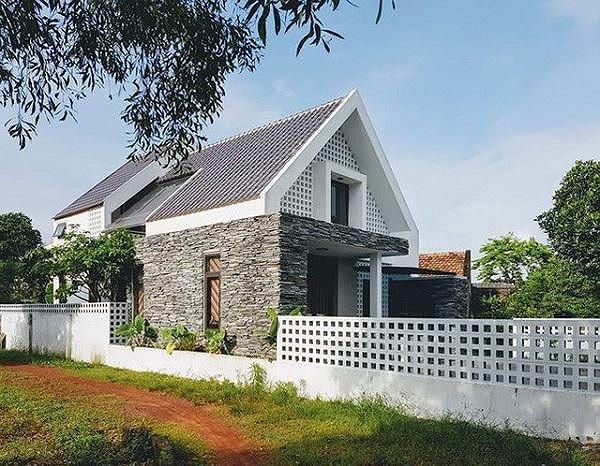 Mẫu nhà cấp 4 gác lửng mái Thái đẹp miễn chê chỉ 200- 300 triệu đồng - Ảnh 2
