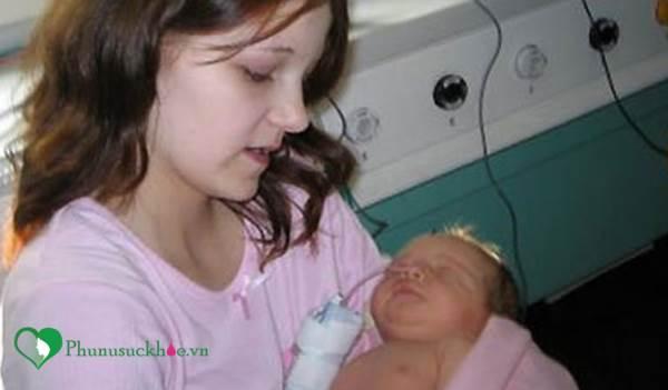 Sinh con khi mới 12 tuổi, cô gái quyết định tiết lộ sự thật gây sốc sau 9 năm - Ảnh 1