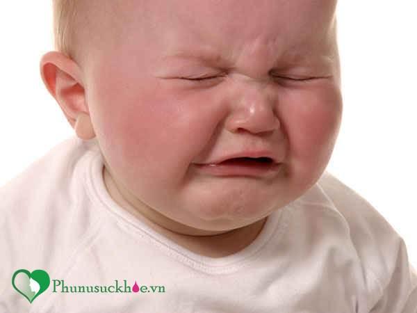 Những dấu hiệu cảnh báo trẻ sơ sinh đang bị kiệt sức - Ảnh 1
