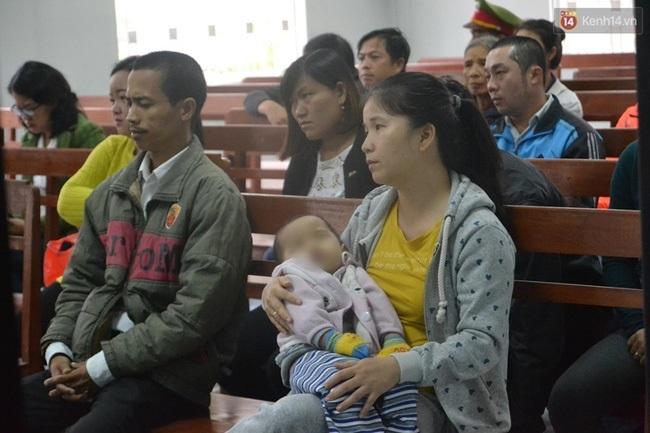 Đà Nẵng: Bị ngã ở nhà trẻ, bé 1 tuổi sống đời thực vật - Ảnh 1