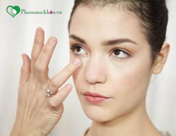 'Bỏ túi' cho mẹ 3 loại mặt nạ trị quầng thâm mắt đơn giản lại cực hiệu quả - Ảnh 1