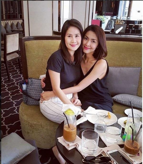 Những tình bạn vẫn bền chặt qua năm tháng của sao Việt - Ảnh 2