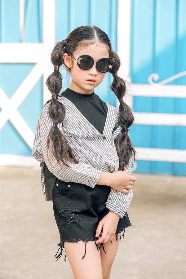 Bé Bảo Ngọc - thí sinh gây sốt nhất chương trình Gương mặt thân quen nhí 2015