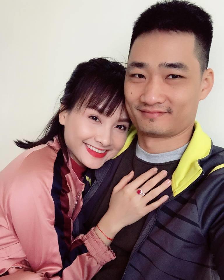 Phản ứng 'khó đỡ' của ông xã diễn viên Bảo Thanh khi được vợ cảm ơn trên trang cá nhân - Ảnh 2
