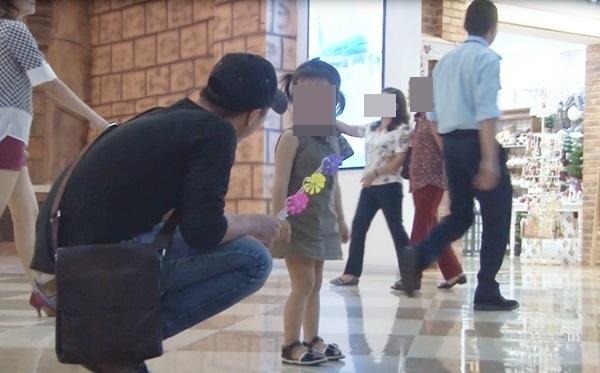 Lời kể kinh hoàng của bé trai 8 tuổi may mắn thoát khỏi tay những kẻ bắt cóc trẻ em - Ảnh 2