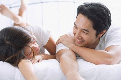 Bật mí điểm G nhạy cảm vợ chỉ cần chạm nhẹ là chồng sẽ sướng run người, lên đỉnh ngay - Ảnh 2