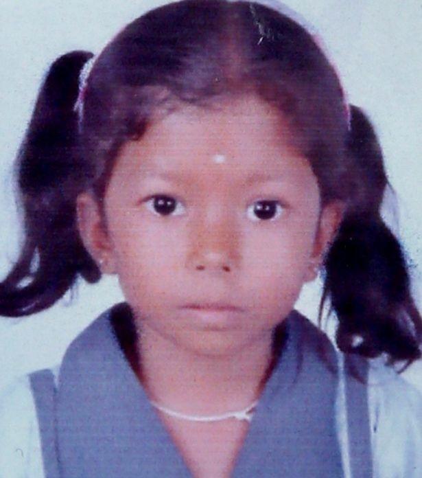 Bé gái 6 tuổi bị hàng xóm giết chết, giấu xác dưới gầm giường