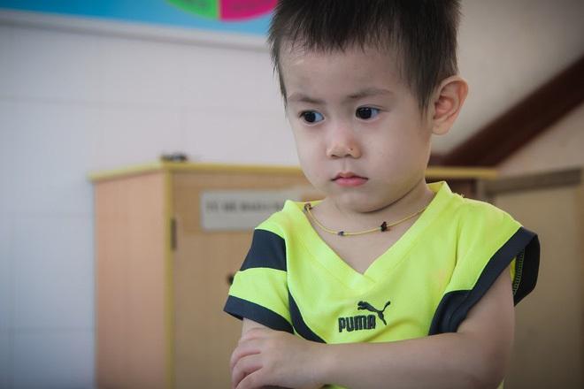 Bé trai 2 tuổi bị bỏ rơi ở cổng BV Từ Dũ: Để bé lại Sài Gòn ít hôm hi vọng gia đình đến đón - Ảnh 2