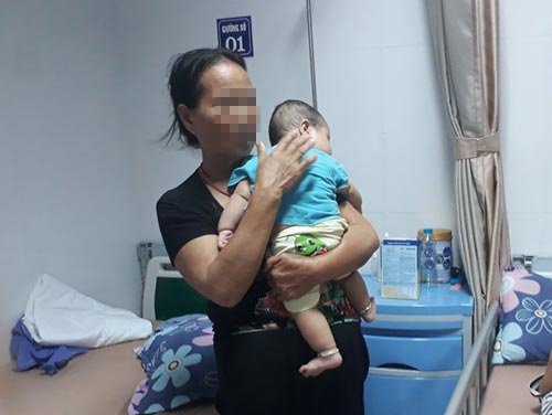 Tâm sự đẫm nước mắt của người mẹ có con trai 6 tháng tuổi mắc sùi mào gà sau khi cắt bao quy đầu - Ảnh 1