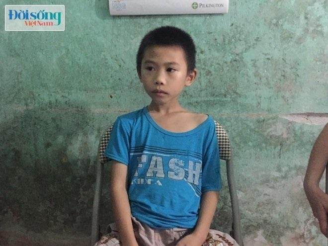 Sân đình gần nhà cháu bé 33 ngày tuổi bị sát hại: Bé trai lớp 4 bị kẻ lạ mặt lôi ra xe - Ảnh 4