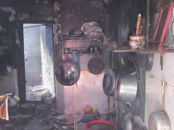 Thay bình gas cháy quán cơm, 2 người bị bỏng nặng - Ảnh 2