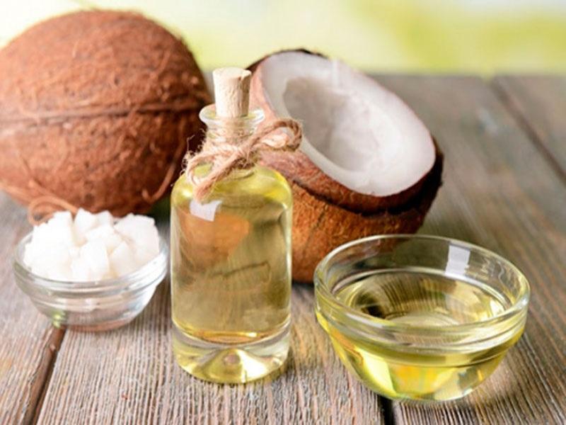 Bôi dầu dưa là giúp trị rạn da, chùng da, làm đẹp cho mẹ sau khi sinh mổ hiệu quả