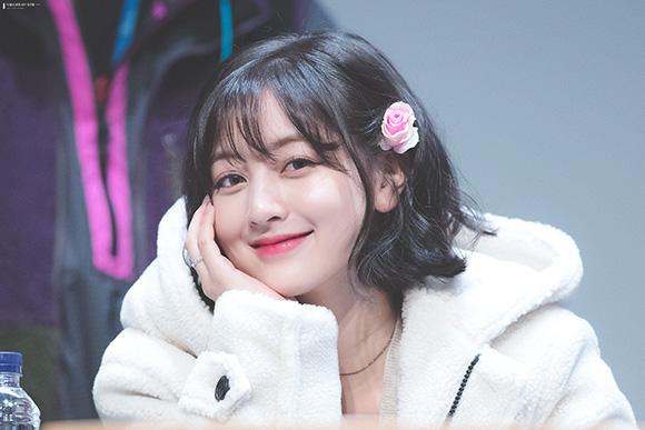 Ji Hyo dành cả thanh xuân ở JYP, làm thực tập sinh trong suốt 10 năm