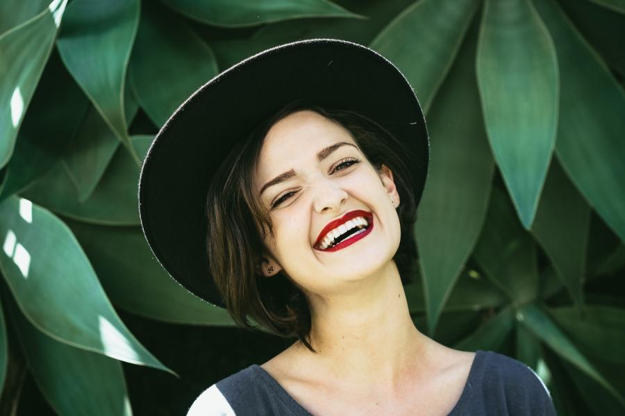 6 kiểu phụ nữ dù không đẹp vẫn khiến đàn ông
