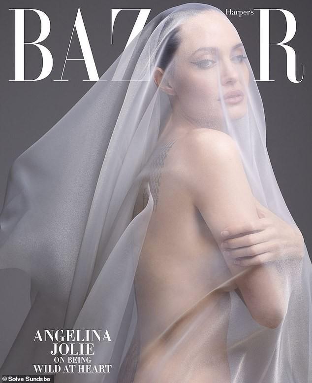 Angelina Jolie chụp ảnh khỏa thân - Ảnh 1