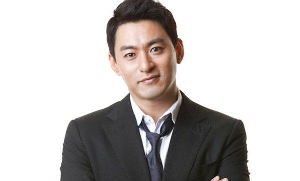 Vỡ mộng vì Jang Dong Gun: Rủ bạn ra ngoài 'tình một đêm' dù đã có vợ - Ảnh 1