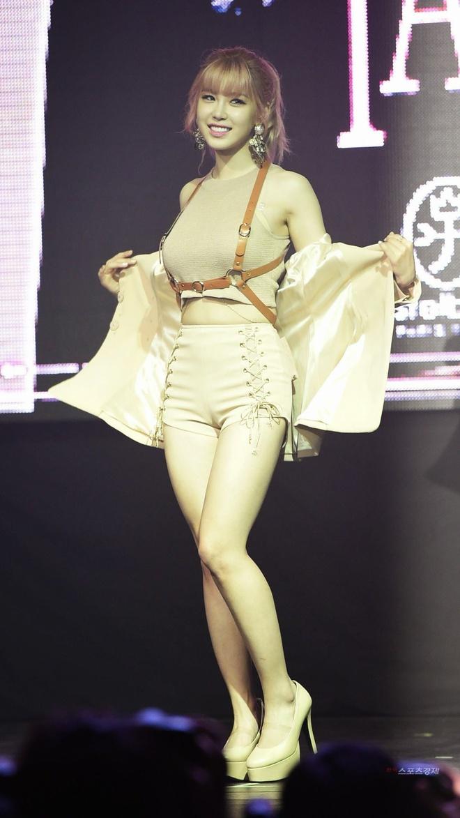 Mỹ nhân Hàn được mệnh danh nữ hoàng gợi cảm trên sân khấu - Ảnh 5