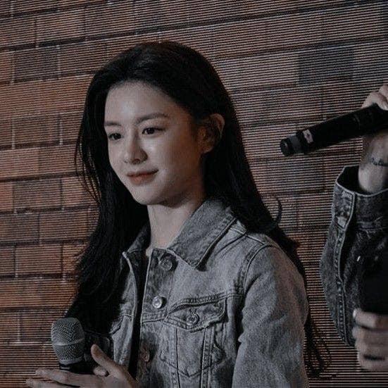 Ngắm nhan sắc đỉnh cao của Go Youn Jung - 1 trong 3 hình mẫu phẫu thuật thẩm mỹ mới nhất của Hàn Quốc - Ảnh 4