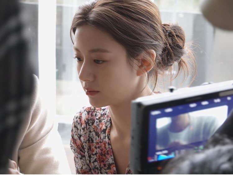 Ngắm nhan sắc đỉnh cao của Go Youn Jung - 1 trong 3 hình mẫu phẫu thuật thẩm mỹ mới nhất của Hàn Quốc - Ảnh 5