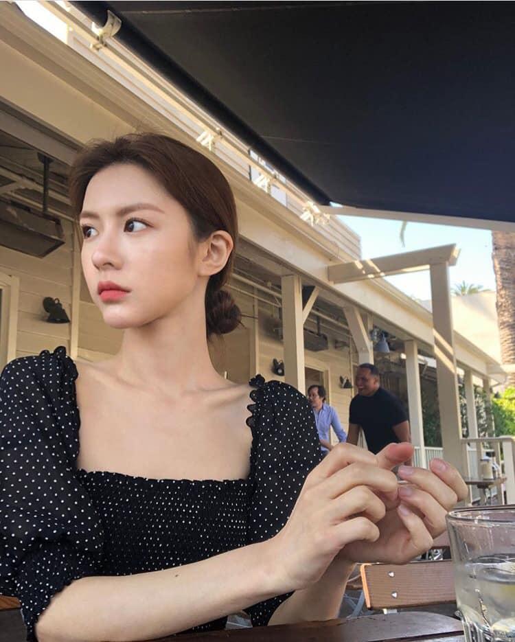 Ngắm nhan sắc đỉnh cao của Go Youn Jung - 1 trong 3 hình mẫu phẫu thuật thẩm mỹ mới nhất của Hàn Quốc - Ảnh 6