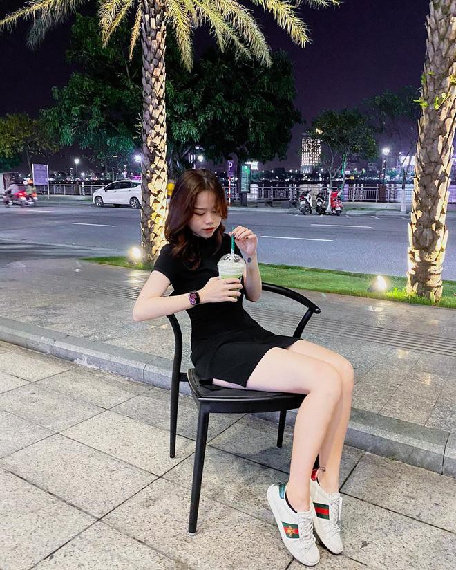 Chỉ một chi tiết nhỏ, dân mạng 'soi' được bằng chứng Quang Hải hẹn hò tình mới khi vẫn đang 'nhập nhằng' với Nhật Lê - Ảnh 3