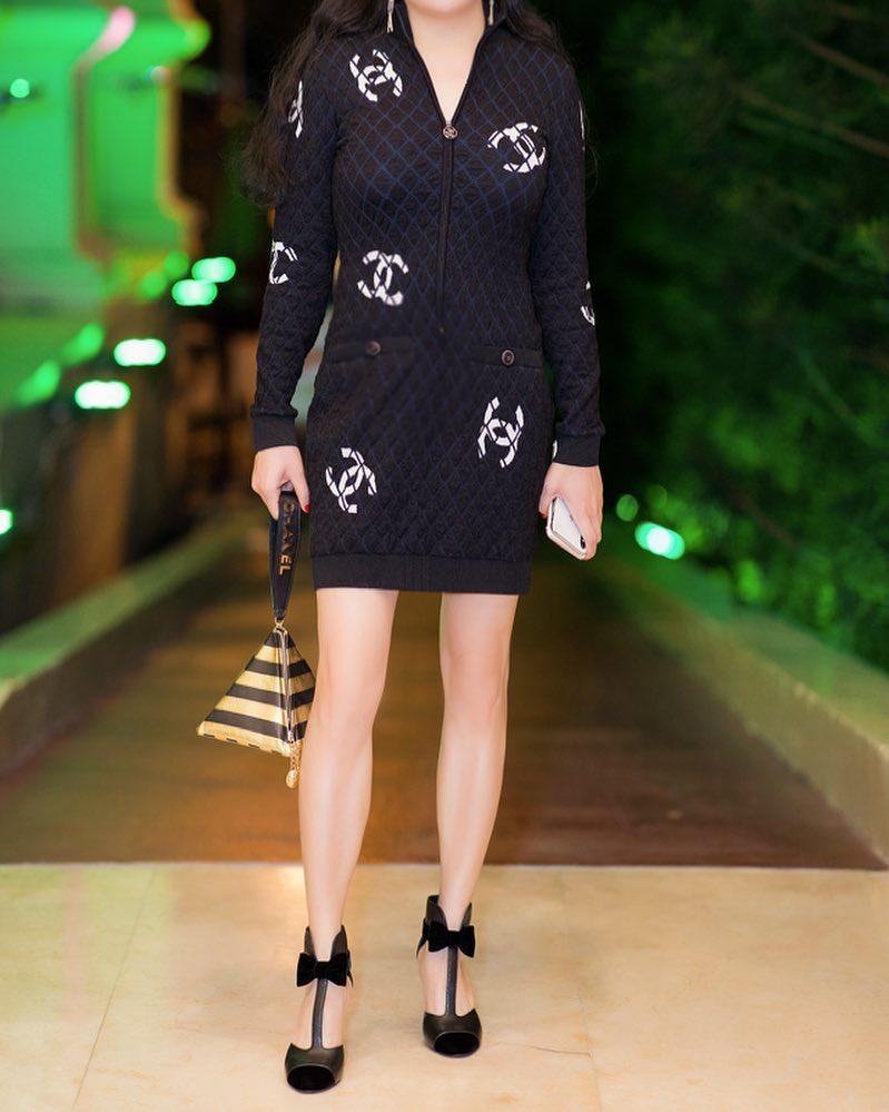 Phượng Chanel bị bóc mẽ photoshop da trắng toát, đầu gối biến mất - Ảnh 8