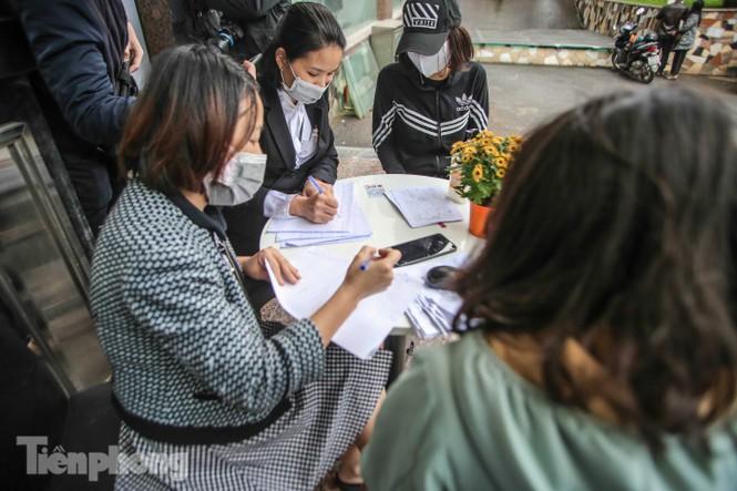 Sau 'ATM gạo', Hà Nội có thêm 'siêu thị 0 đồng' dành cho người nghèo chống COVID-19 - Ảnh 5