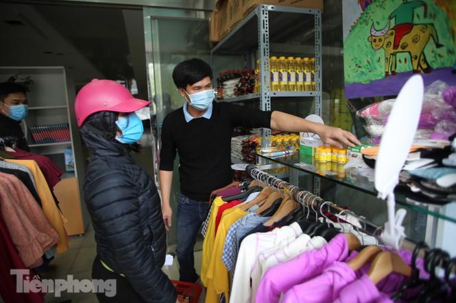 Sau 'ATM gạo', Hà Nội có thêm 'siêu thị 0 đồng' dành cho người nghèo chống COVID-19 - Ảnh 7