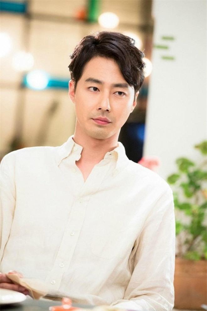10 nam diễn viên xứ Hàn có cát-xê 'khủng' nhất hiện tại: Song Joong Ki gần cuối bảng, vị trí thứ nhất là ai? - Ảnh 7