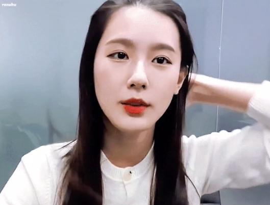 Những lý do khiến Mi Yeon (G)I-DLE liên tục gây 'bão' Knet - Ảnh 2