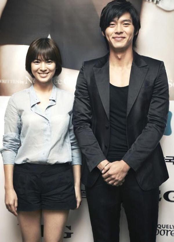 Cách Hyun Bin ứng xử với chuyện yêu Song Hye Kyo và Son Ye Jin - Ảnh 2