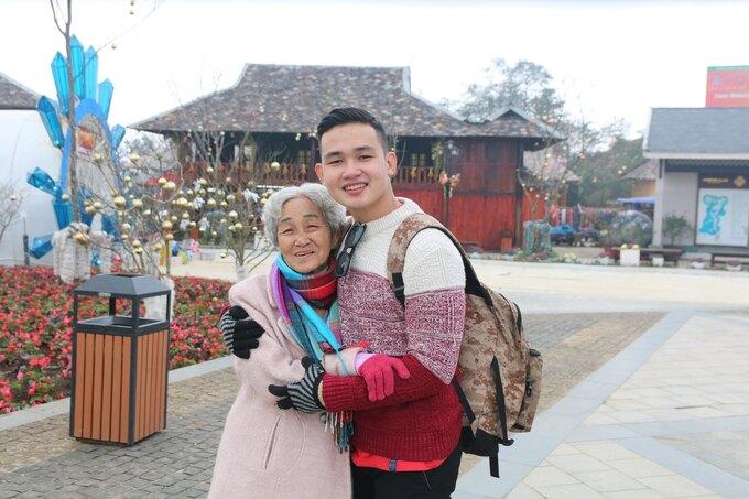 Cụ bà 81 tuổi chinh phục đỉnh Fansipan - Ảnh 3