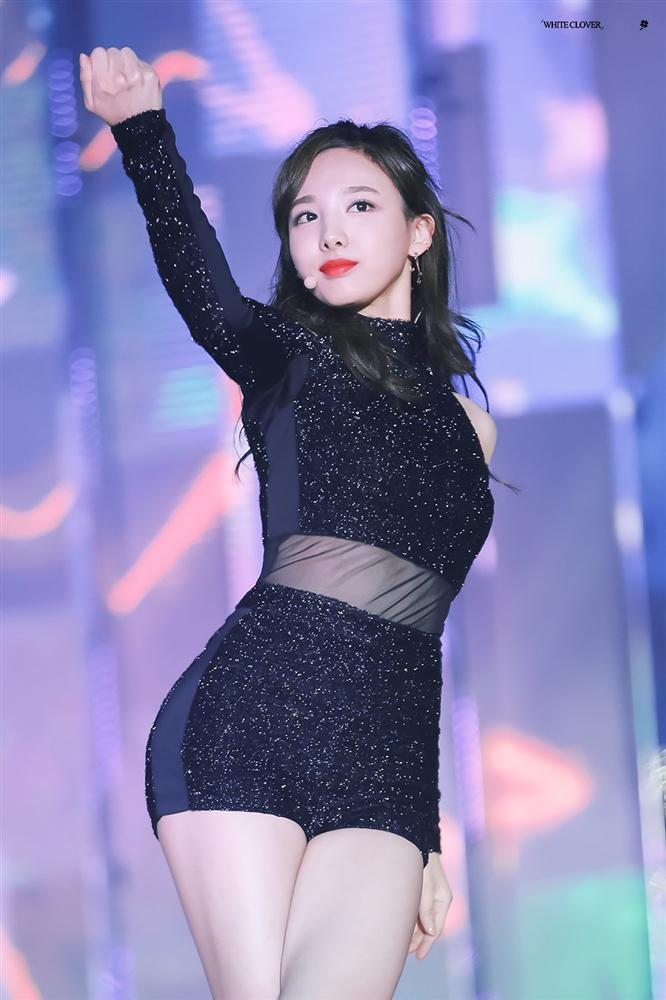 Những idol được ví như 'giới hạn cuối' có thể hủy hoại sự nghiệp của cả nhóm nếu hẹn hò hoặc kết hôn - Ảnh 3