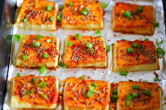 Chán rán hoặc sốt cà chua, cho đậu phụ vào nướng lại được món ngon bất ngờ - Ảnh 6