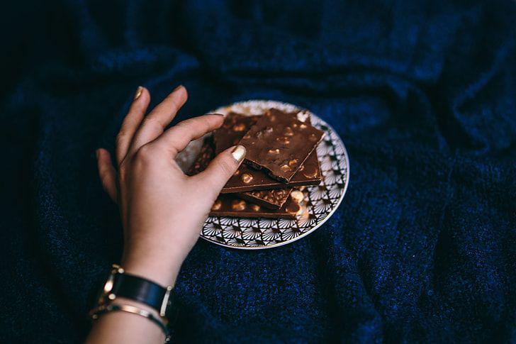9 món ăn tưởng như ai cũng biết cách ăn nhưng thực ra lại ăn sai cách - Ảnh 5