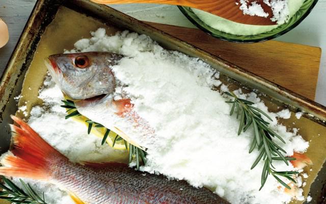 4 sai lầm khi chế biến cá đốt sạch dinh dưỡng, rước độc tố vào người, bệnh tật ghé thăm - Ảnh 1