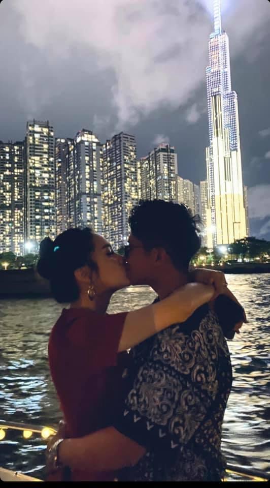 Hương Giang công khai đăng ảnh hôn môi Matt Liu không rời - Ảnh 3