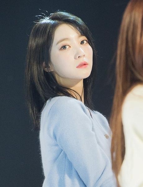 Top 5 idol nữ có đôi mắt đẹp nhất Kpop: Lisa (BLACKPINK) mê hoặc với vẻ đẹp long lanh, Jihyo (TWICE) thu hút mọi ánh nhìn - Ảnh 13