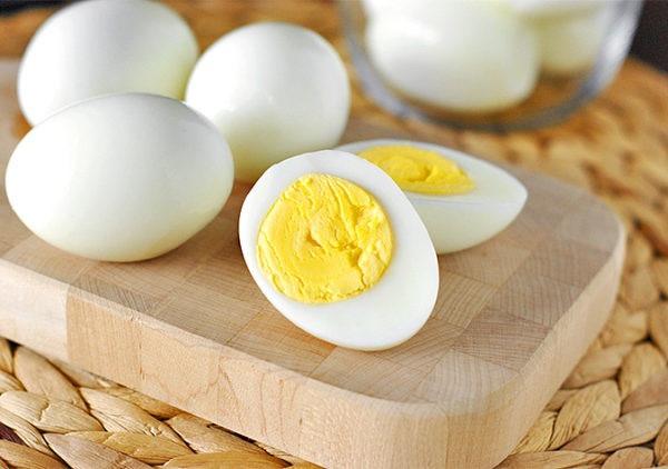 Muốn con tăng cân, mẹ sau sinh chớ bỏ qua 7 thực phẩm quen thuộc này - Ảnh 2