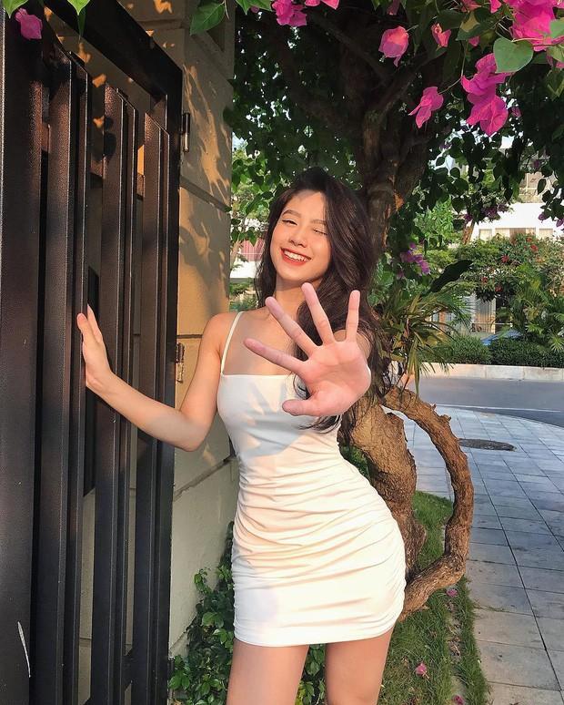 Bị bạn bè tag ảnh, dàn hot girl Việt lộ nhan sắc thật ra sao? - Ảnh 4