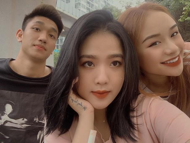Bị bạn bè tag ảnh, dàn hot girl Việt lộ nhan sắc thật ra sao? - Ảnh 9