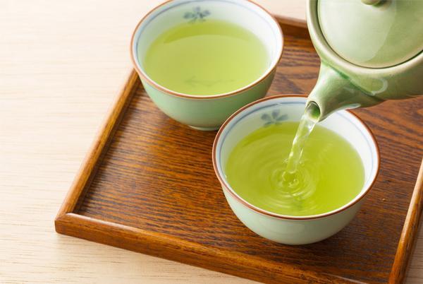 Uống một cốc nước trà xanh, cơ thể nhận về vô số lợi ích quý giá - Ảnh 1