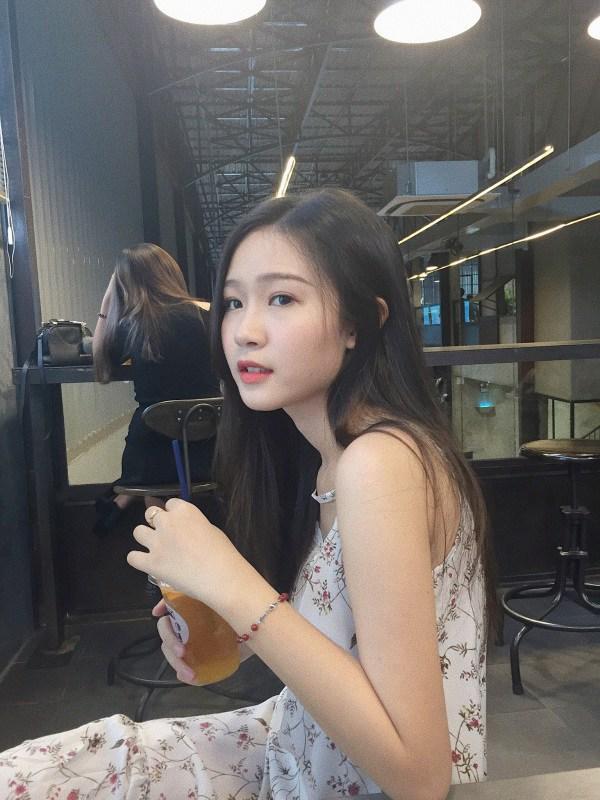 Có đến 3 'em gái sinh đôi' với Hoa hậu Đặng Thu Thảo: trẻ trung, cao ráo có thừa nhưng thần thái thì thua xa... bản chính - Ảnh 6