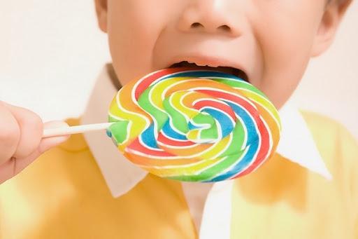 Những thực phẩm 'ăn mòn' trí thông minh của trẻ - Ảnh 1