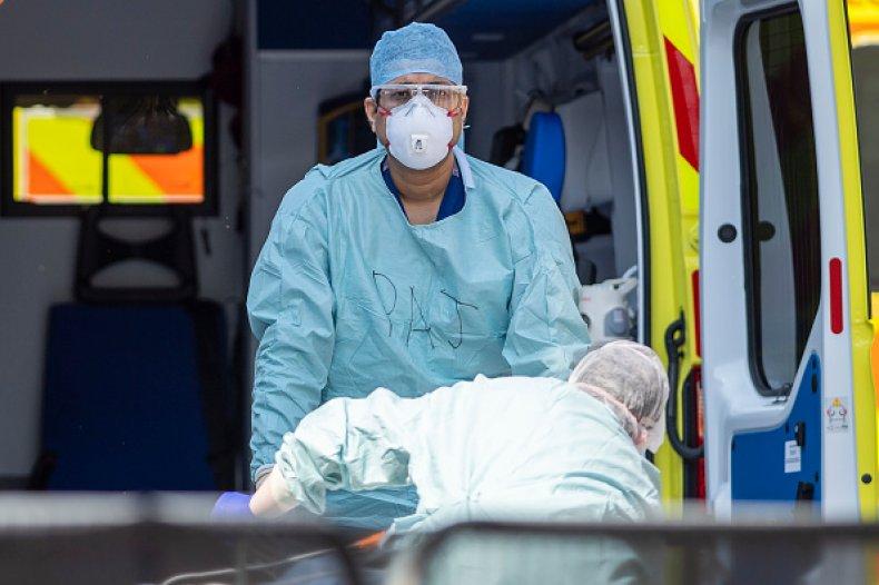 Báo Anh: Máy thở của Trung Quốc có thể khiến bệnh nhân tử vong - Ảnh 1