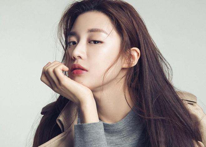 3 'hot girl dao kéo' trở thành hình mẫu của giới trẻ Hàn - Ảnh 2
