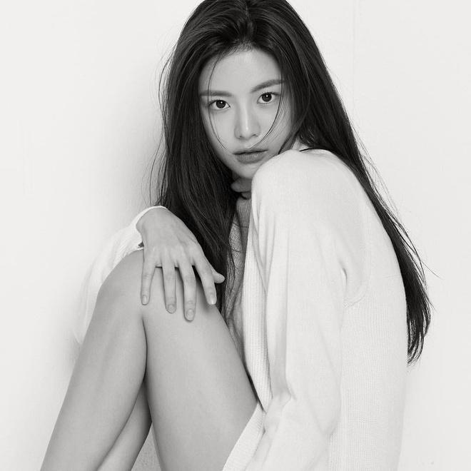 3 'hot girl dao kéo' trở thành hình mẫu của giới trẻ Hàn - Ảnh 3